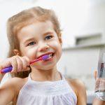 Dantų breketai ir plokštelės vaikams: kada tai kompensuoja ligonių kasos?